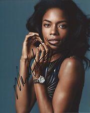 Naomie Harris autograph - signed photo - James Bond