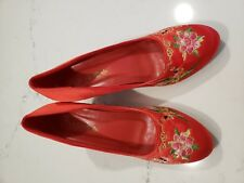 Chinese Wedding Shoes (7.5 size) + Hairclip