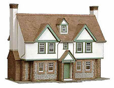 Superquick , 00 scale Graystones farmhouse. Kit build service
