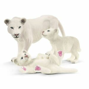 SCHLEICH 42505 Lion Mother with 2 Cubs - 3 Figure PlaySet
