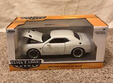 1:24 Jada Big Time Muscle 2015 Dodge Challenger SRT Hellcat Diecast, White/Black
