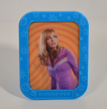 """2004 Daphne & Undertaker 3"""" Weetos Cereal EUROPE Picture Frame Scooby-Doo Movie"""
