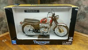 1969 TRIUMPH BONNEVILLE 1/6 SCALE MOTORCYCLE  DIECAST BY NEW RAY NWT