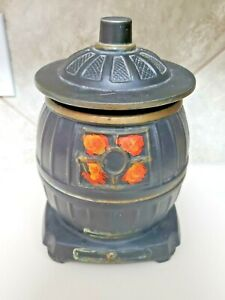 Vintage McCoy  Pot Belly Stove Cookie Jar  **VERY GOOD CONDITION**