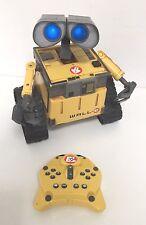 SUPERBE WALL E Dancing Talking ROBOT + Télécommande Lumières Sound VOIR VIDEO