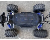 Hot-Racing XMX16C02 Chassis Dirt Guard Cover X-Maxx (HRAXMX16C02)