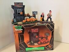 Lemax Spooky Town Halloween THE PUMPKIN PATCH Rare Retired # 04521A + PIRATE &