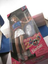 Disney Barbie 2000 doll mint in box