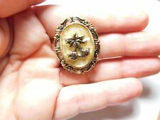 Vintage Oval Gold Tone Metal Faux Mother Of Pearl Tulip Flower Scarf Clip