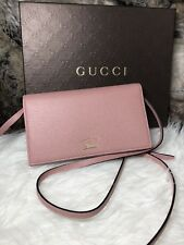 NWT Authentic GUCCI Wallet On Chain WOC Swing Crossbody Purse In Pink Leather