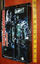 Terminator 2 JAPAN Model Figure T800 Endo skeleton w/ Fire Arms T2 Figure NIB