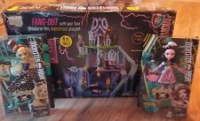 MONSTER HIGH FREAKY FUSION 4FT HIGH CATACOMBS PLAY CASTLE HOUSE W/ 2 DOLLS INCLU