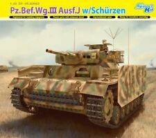Pz.Bef.Wg III Ausf J avec Schürzen 1/35 Dragon