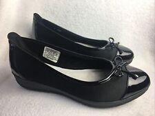 i love comfort Women 9 M / 41.5 Flats Black Shoes Excellent Patent Cap Toe Bow