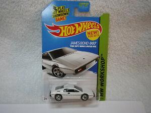 2015 Hot Wheels New Model James Bond 007 The Spy Who Loved Me Lotus Esprit S1