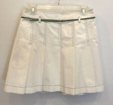 Ann Taylor LOFT white box pleated skirt w/ black stitching. Size 4