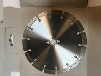 7 Inch Dry or Wet Cutting Segmented Saw Blade with /Concrete and Brick 5/8 arbor