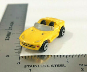 Micro Machines 1994 Galoob LGTI Dodge Viper Convertible Yellow Muscle Car