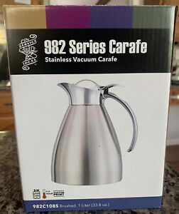 Service Ideas / Murray's Brushed Stainless 982  Vacuum Insulated Carafe,1 Liter.