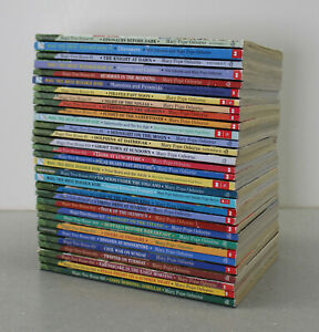 MAGIC TREEHOUSE SERIES lot 31 Mary Pope Osborne chapter books + research guides