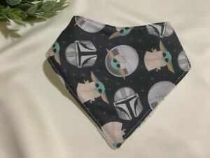THE CHILD, MANDALORIAN BANDANNA BABY YODA BIB, HANDMADE DISNEY /STAR WARS STYLE