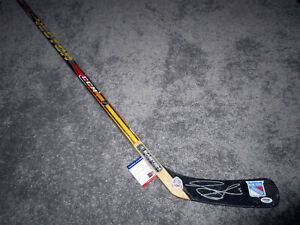 ADAM GRAVES New York Rangers SIGNED Autographd Hockey Stick w/ PSA COA 1994 Cup