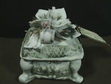 Vtg.Casa Elite N.T.Capodimonte Pocerlain Square 3D Floral LId Trinket Box,Italy