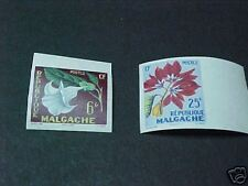 MADAGASCAR SCOTT #301-2 LH IMPERF FLOWERS