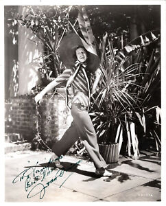 AMERICAN ACTRESS JOAN DAVIS ,SIGNED VINTAGE PHOTO BY: FRED A. PARRISH