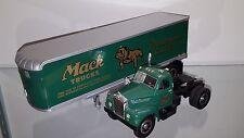 1/34 FIRST GEAR MACK TRUCK 1960 MODEL B-61 MACK TRACTOR & TRAILER GREEN 19-0117