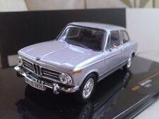 Voiture de courses miniatures BMW