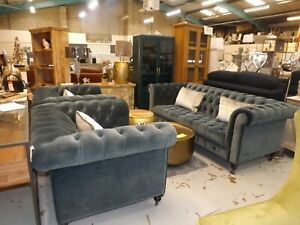 Midnight grey velvet chesterfield 3 seater and 2x snuggler chairs new from box
