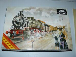 train électrique Ho SNCF PIKO coffret locomotive + rame marchandise en BO TBE