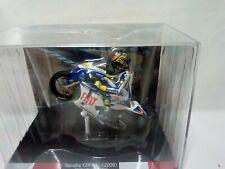 1:18 MOTO GP Valentino Rossi Yamaha YZR-M1 2009 con figura