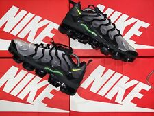 Nike Air Vapormax Plus  Black Volt White (924453-009) Size UK 9 LIMITED EDITION