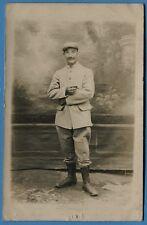 CPA-Photo: Soldat d'un Régiment d'Infanterie Territoriale  / Guerre 14-18 / 1915
