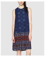 Maglie e camicie da donna senza maniche blu semiaderente
