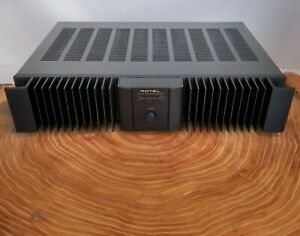 ROTEL RB-1050 Power Amplifier Near Mint Condition