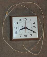 VINTAGE GENERAL ELECTRIC MODEL 2145 ELECTRIC WALL CLOCK, BROWN, WORKING