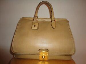 MIU MIU Tasche, Große MIU MIU Leder Tasche,Beige , wunderschön, Luxus PUR , AHNP