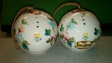 2 Vintage Ceramic Raised Floral Neiman Marcus FloRiS of LoNdoN Satchet Balls