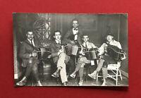 Privat Foto AK um 1920/30 Typen Musiker mit Bandoneon  ( 61366