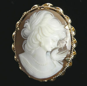 VINTAGE 9 CT GOLD CARVED SHELL CAMEO BROOCH BIRMINGHAM 1967 - 8.7 GRAMS