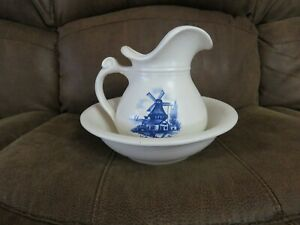 Vintage McCoy Water Pitcher and Basin #7515, Windmill