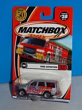 Matchbox 2002 Red Hot Heroes Series #28 Ford Expedition Silver Road Rescue