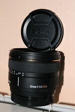 Objectif Sigma EX 30 mm 1,4 DC Sony A