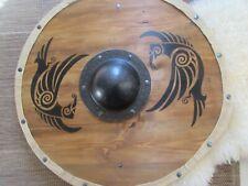 Odin's ravens Huginn and Munnin shield