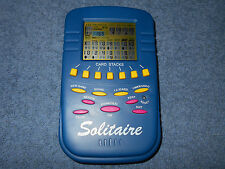 SOLITAIRE HANDHELD ELECTRONIC GAME W/ UNDO BLUE W/ PINK & YELLOW BUTTONS - NICE