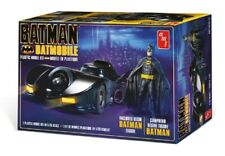1989 Batmobile with Resin Batman Figure 1:25 Scale AMT Highly Detailed Plastic K
