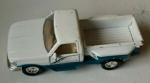 Road Champs Ford F150 1:43 Scale White/Blue